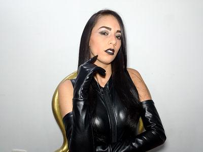 Kim Paris - Escort Girl from Newport News Virginia