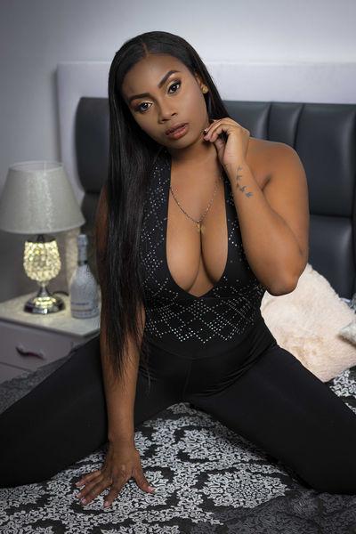 Laia Noah - Escort Girl from Moreno Valley California