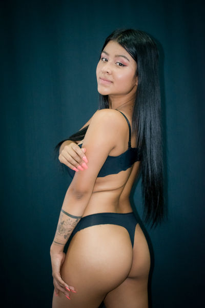 Luciana Vega - Escort Girl from New Haven Connecticut