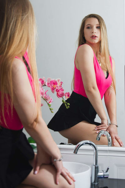 Lucy Bright - Escort Girl from New Orleans Louisiana