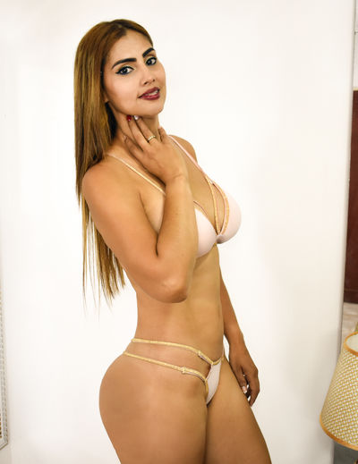 Maia Ferrer - Escort Girl from New Haven Connecticut