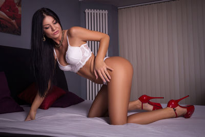 Laura Soto - Escort Girl from Elizabeth New Jersey