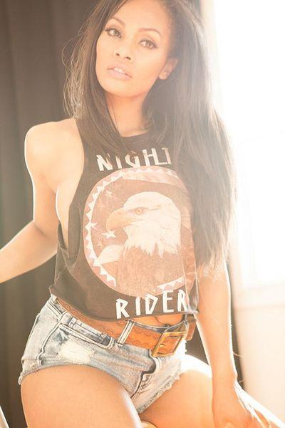 Amanda Palmer - Escort Girl from Topeka Kansas