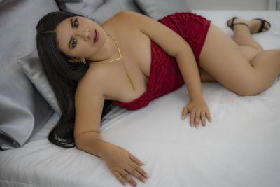 Rosie Hope - Escort Girl from Long Beach California