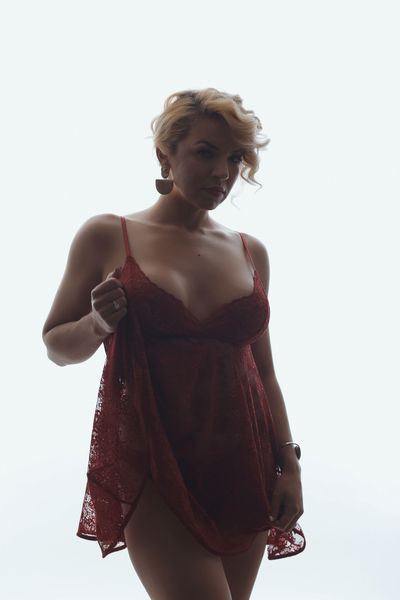 Sonia Reeves - Escort Girl from League City Texas