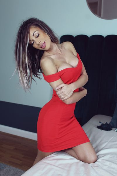 Super Busty Escort in Knoxville Tennessee