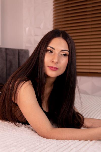 Luci Ferrer - Escort Girl from Fort Wayne Indiana